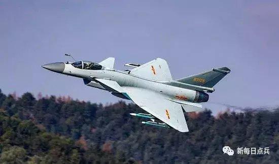 我空军苏27四对一却完败于歼10B 已无太多改进价值