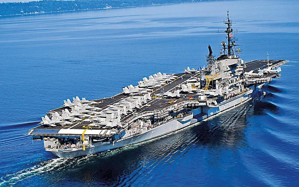 """它先后利用潜艇供应船,水上飞机母舰和豪华邮船改装了""""祥凤""""号,""""瑞凤"""""""