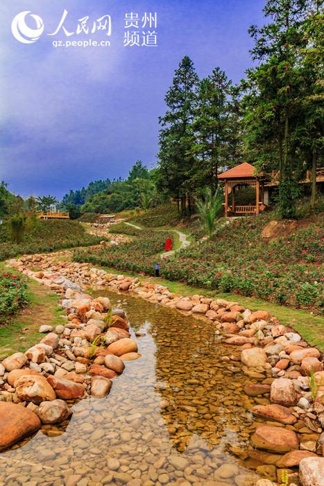 水甫村地处国家级樟江风景名胜区上游,具有独特的自然生态,厚重的