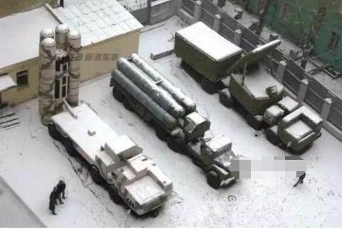 """中国解放军这款武器""""以假乱真""""的能力, 全球无人能比?"""