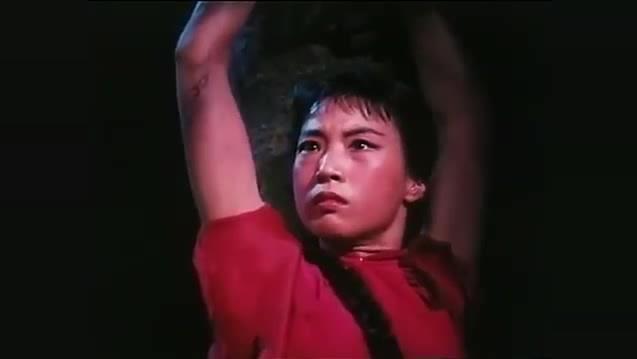怀旧经典: 芭蕾舞《红色娘子军》 选段《 满腔仇恨冲出虎口》