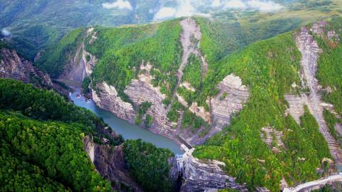 从空中俯瞰火石寨,龙王坝,将台堡,六盘山国家森林公园,老龙潭,冶家村