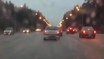 最新汽车车祸集锦,看看这些惊险的车祸