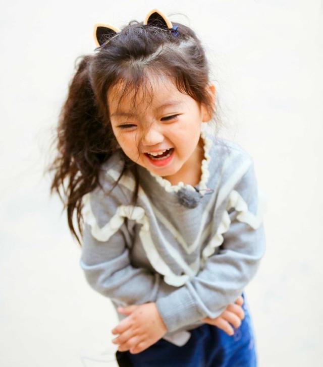 崔雅涵又爆金句, 看小阿拉蕾生活中的搞笑对话有雷到你吗?