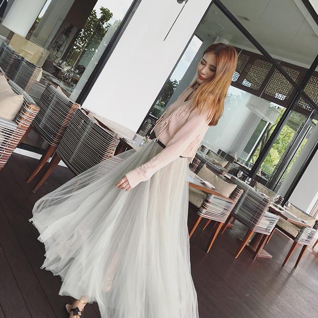 半身裙大了怎么办_夏日半身裙大热, 彰显女人迷人个性