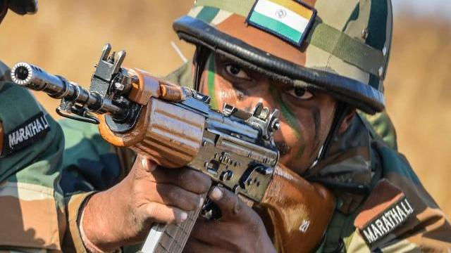 中国俩邻居全部上榜, 印度网友却炸锅了 美国公布亚洲军力排名,