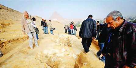 埃及发现金字塔建造者墓群建造者并非奴隶