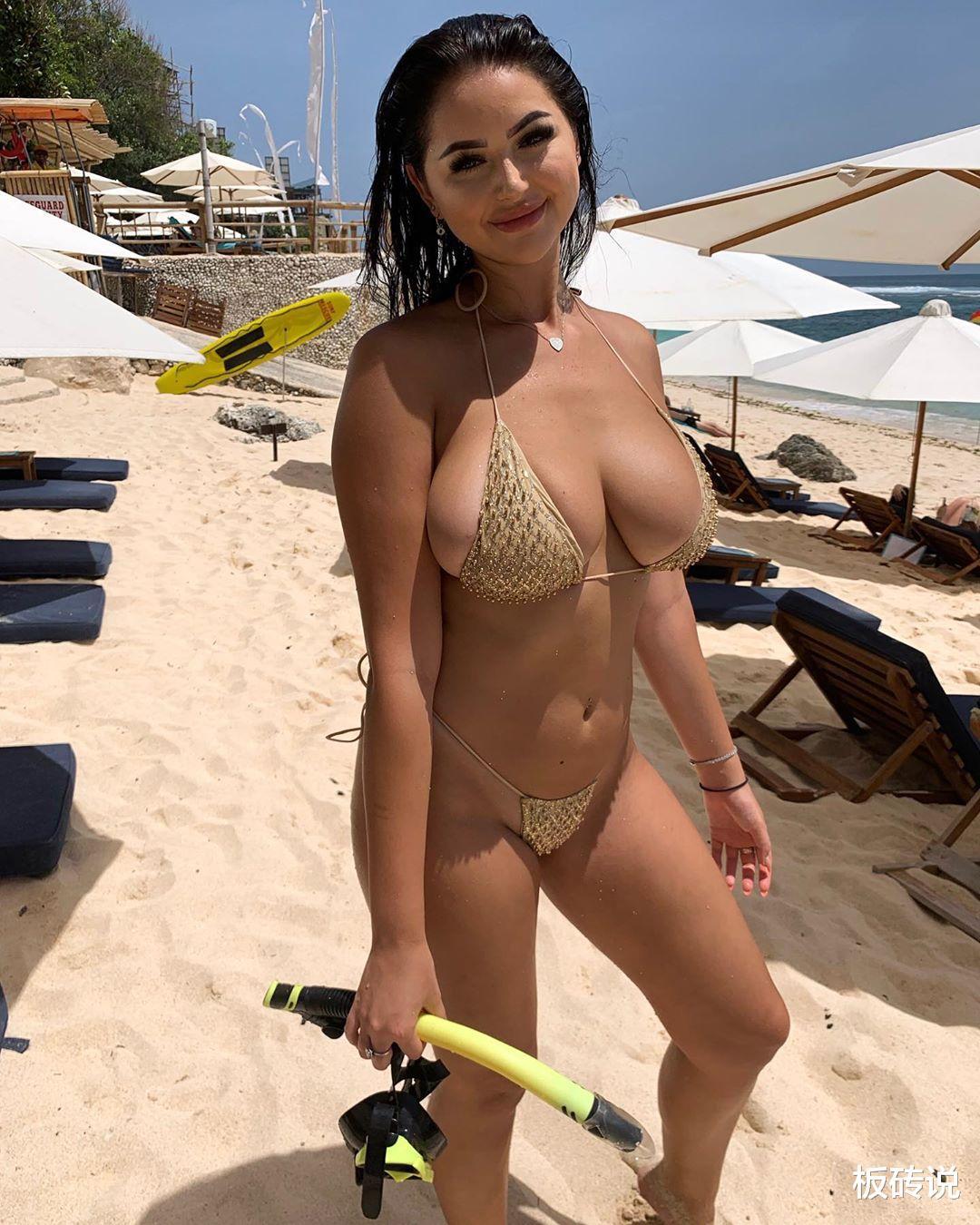 网红安娜·保罗, 微胖身形深受粉丝热捧, 火辣身材力压模特