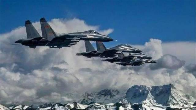 大批歼11飞越喜马拉雅  印度立即改口称以和为贵, 发生什么了