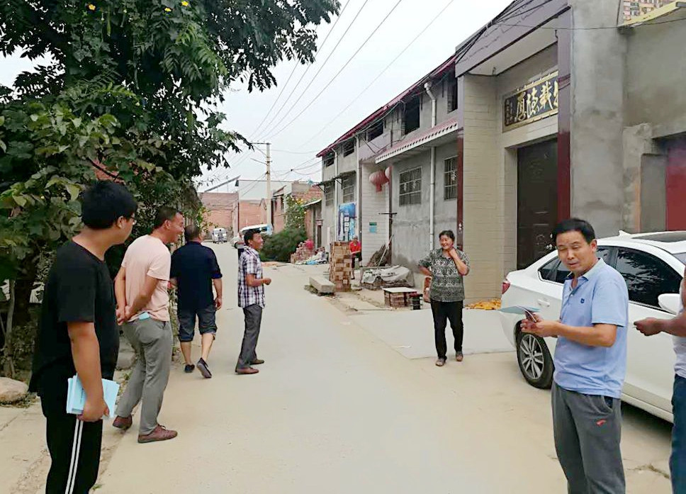 孟津县白鹤镇: 穿街入户讲政策 棚改宣传不停歇