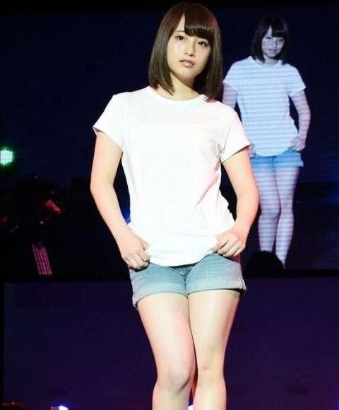 费沁源,据了解这个妹子是2001出生的新一代日本女神,snh48 team xii