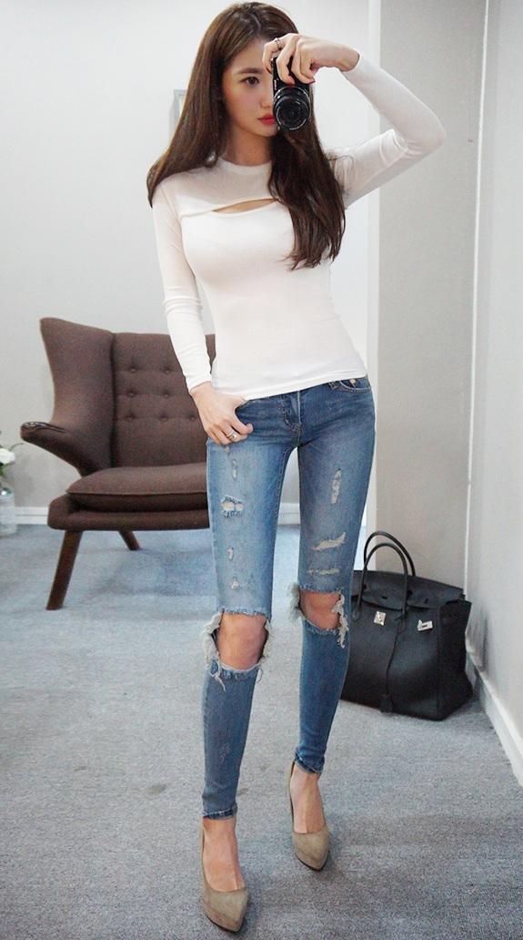 妹子巧搭不同风格的牛仔裤, 散发迷人的气质 1