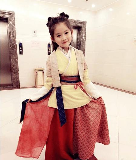 新晋小童星王亭文出演《天意》, 她会成为第二个关晓彤?