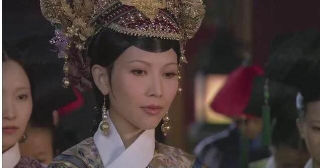 《甄嬛传》皇后第一次在祺嫔面前表现无耻, 祺嫔也太不自量力了