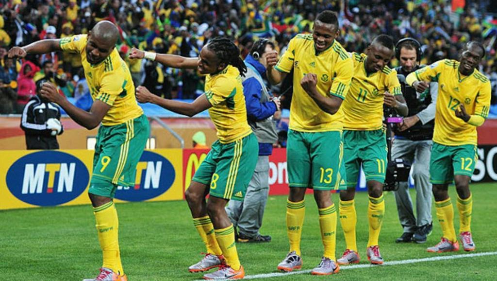 南非世界杯主题曲女_2010南非世界杯主题曲 wavin flag(中文版)歌词-