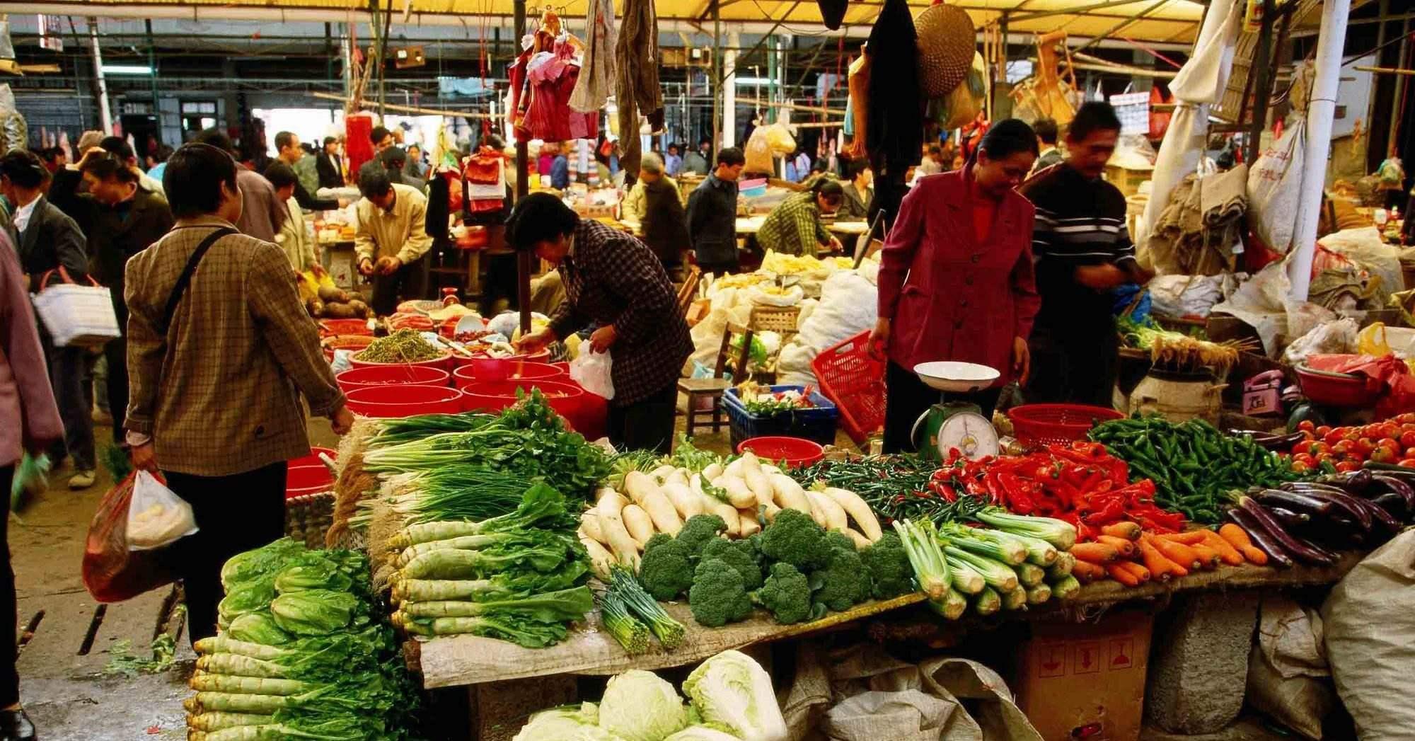 日本像墓地 印度像垃圾场 中国最热闹美国游客评价各国菜市场: