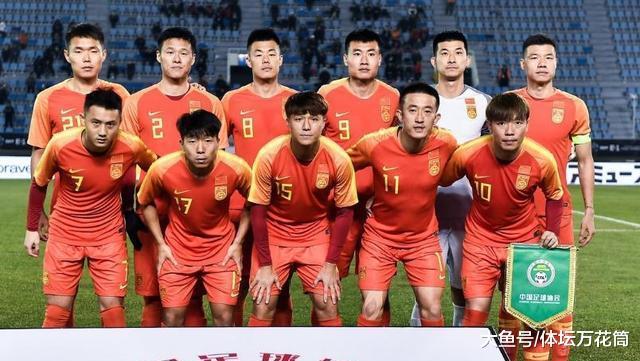 东亚杯国足对阵日本, 韦世豪为何没上场? 小意外让本土射手难出场