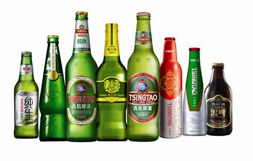 青岛啤酒产自青岛啤酒股份有限公司,公司的前身是国营青岛啤酒厂,1903