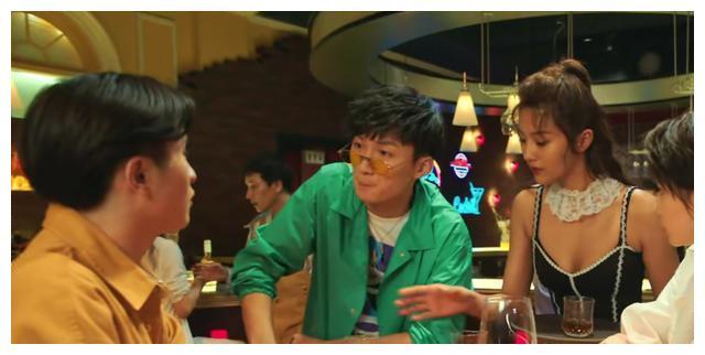 爱4官方预告片_爱情公寓5预告片: 新加入3位新人, 陈赫戏份少, 只能打酱油
