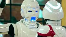 看看机器人是怎么撩妹的,都学着点。