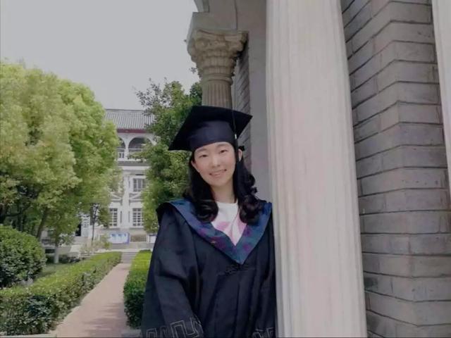 """河南5位""""超级学霸"""": 上同一所大学, 还全部保送985研究生  神仙颜值"""