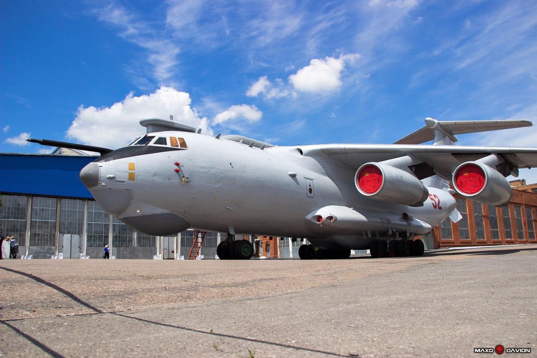 它继承了a-50部分成熟的设计理念,继续采用背负旋转天线罩,内装有