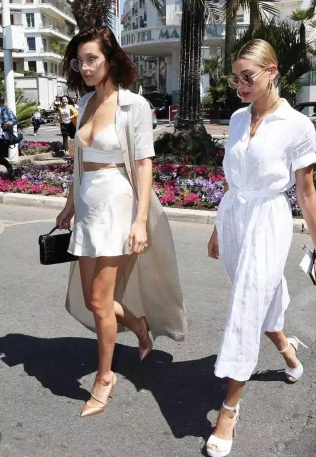 戛纳女星们不走红毯时在穿什么? 她们纷纷秀出这些时髦款 31