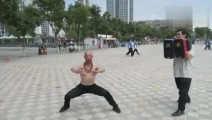 少林护法释延觉,一连十腿,暗藏杀机,有泰拳王播求的风范