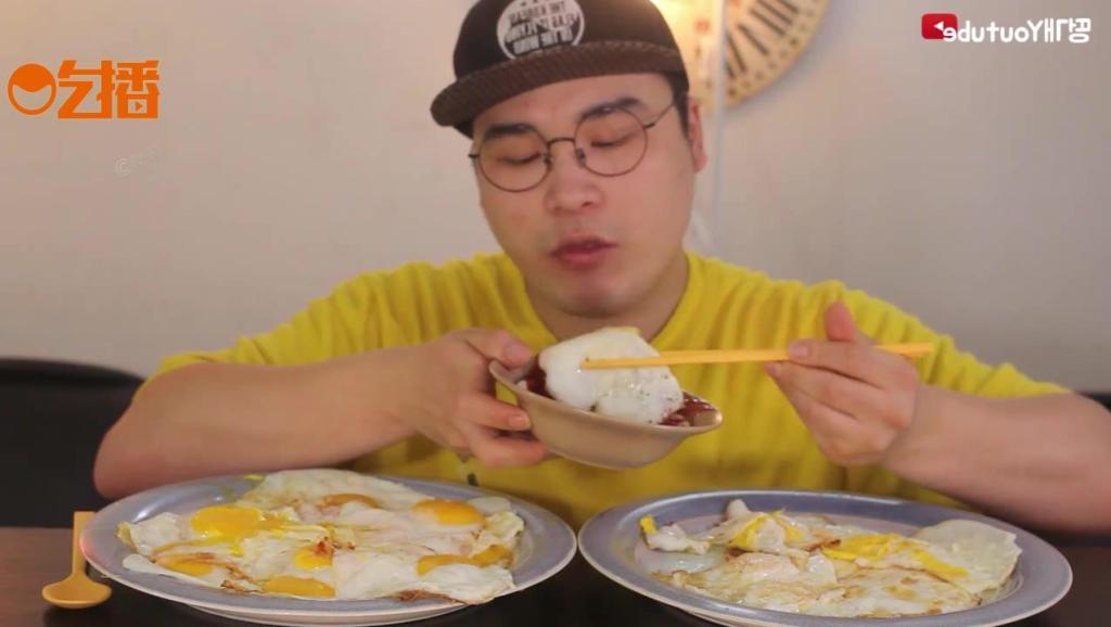 韩国的鸡蛋不是腥的?小哥吃80个荷包蛋