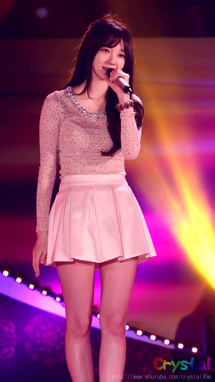 韩国美女歌手姜敏京-不要说再见音乐现场饭拍