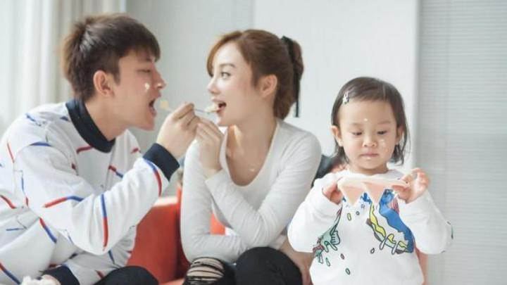 贾乃亮和乔欣恋情被曝光?看到配文后,李小璐复婚八成无望了