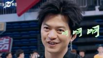 快男FUN制造#段子手李健在快乐男声评选中,再现 呵呵 神功,简直无敌了!