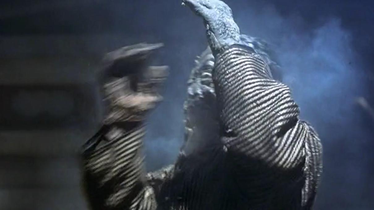 《僵尸大时代》为何被称为恐怖电影中的经典?只因它恐怖的设定