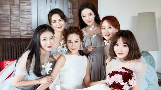 即使素颜也会抢了新娘风头 明星结婚千万不能让刘亦菲王鸥当伴娘,