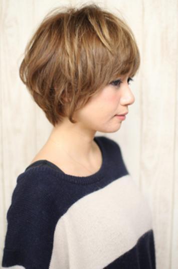 中老年头型女_60岁短发烫发_50岁女人短发最新发型