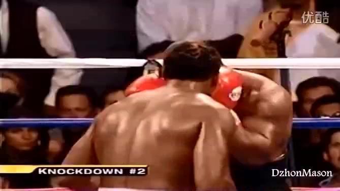 泰森为兄弟出面一拳KO嚣张狂徒