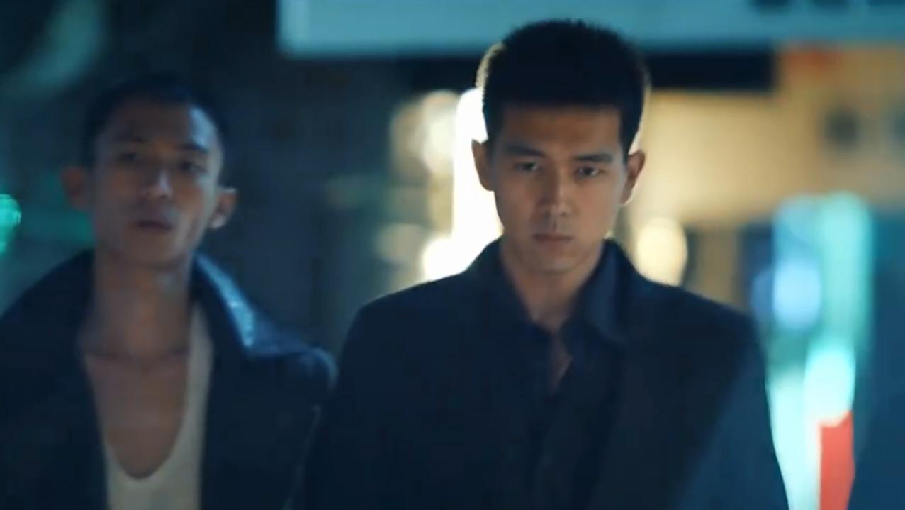 李現《抵達之謎》定檔, 小鎮青年模樣青澀, 大家卻在關注他的髮型