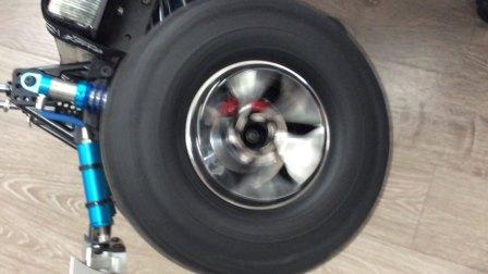 DC 新款轮毂 首发 2.2寸轮毂 安装龙爪轮胎效果爆炸