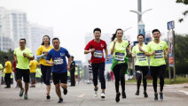让跑步步幅变大的4个小技巧,训练一段时间后,跑步速度很快提升