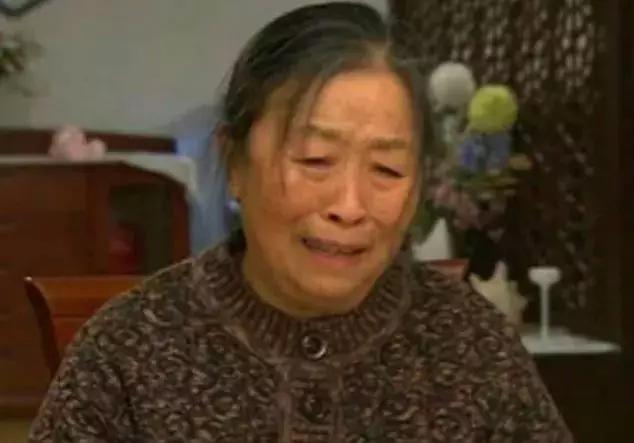 丑娘晚节不保! 82岁张少华被曝出丑闻, 拒不认错导致形象跌入谷