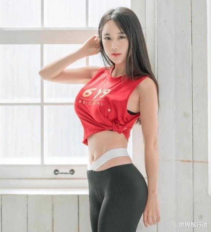 黑色打底裤美女, 腰间的带子有什么用?
