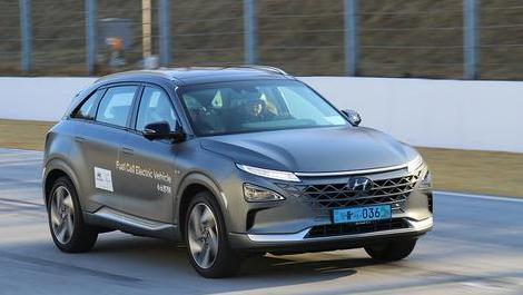 新车零距离: 比电动车更靠谱 体验现代NEXO氢燃料电池车