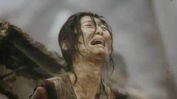 還記得《唐山大地震》么? 媽媽為何選兒子棄女兒? 不只是重男輕女