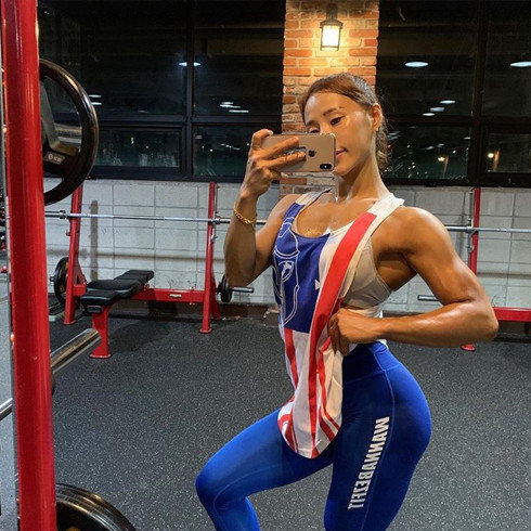 有肌肉并不可怕, 韩国欧尼的另一种美, 运动加饮食打造专属身材