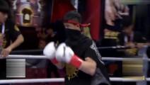 坦克邱建良成功复仇,开场暴揍泰拳王解气,连环重拳KO对手