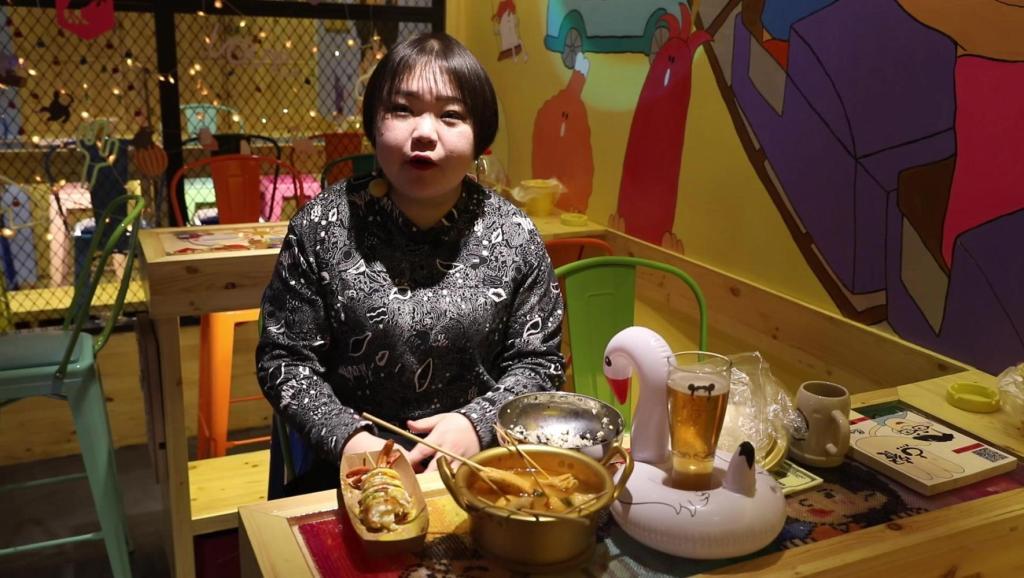 不去韩国也能在济南体验到韩剧中的浪漫美食场景,咖啡奶啤饭团热狗太幸福啦!