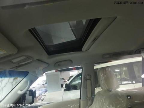 17款日产尼桑途乐y62天窗电动后视镜试驾