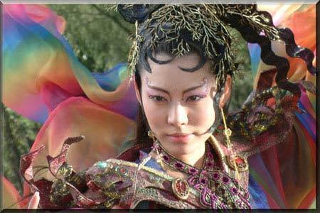中的《花姑子》改编的古装神话剧《聊斋之花姑子》,扮演蛇精水三娘.