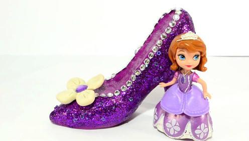 打开diy创意手工超轻粘土制作迪士尼索菲亚公主的高跟鞋 打开 小猪