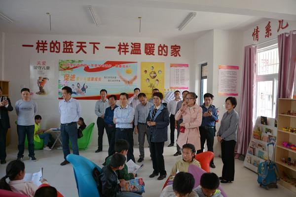 颍上教育郭刚_在调研座谈会上,窦灿辉和颍上县教育局局长郭刚等人,分别从教育投入